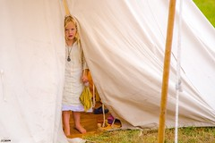 Shy girl (Ramireziblog) Tags: reenactment blond medieval tent meisje girl verlegen shy doornenburg battle