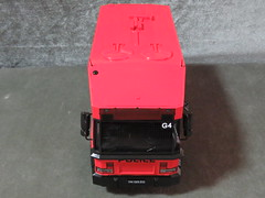 20190713160543 (imranbecks) Tags: 124 spf tactical vehicle tav ptu soc sg singapore police force diecast scale model polwel special operations command unit ang chia red mercedes mercedesbenz 1023a ym1953d collectible benz
