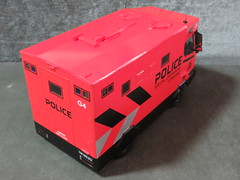 20190713160428 (imranbecks) Tags: 124 spf tactical vehicle tav ptu soc sg singapore police force diecast scale model polwel special operations command unit ang chia red mercedes mercedesbenz 1023a ym1953d collectible benz