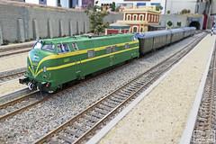 Renfe 4023 estació (Escursso) Tags: mabar h0 187 electrotren aafcb renfe 4000 4023 340 diesel locomotora modeltrain modelrail