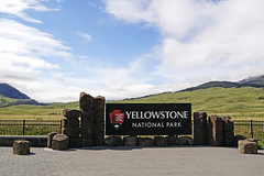 Can't wait to visit Yellowstone National Park again! (SomePhotosTakenByMe) Tags: northentrance nordeingang sign schild gardiner montana yellowstone nationalpark yellowstonenationalpark usa america amerika unitedstates outdoor