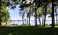 Le lac des Deux Montagnes (hmeyvalian) Tags: lelacdesdeuxmontagnes deuxmontagne vaudreuilsoulanges laurentides montérégie montréaletlaval rivièredesoutaouais rivièredesmilleîles rivièredesprairies montréal québeccanada