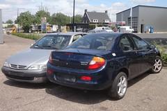 Chrysler Neon 2.0 16v 29-11-2002 33-LF-BR (Fuego 81) Tags: chrysler neon 2002 33lfbr onk sidecode6 citroën xsara coupé 1998 tlpp10 sidecode5 scrap car autowrak wreck sloopauto epave
