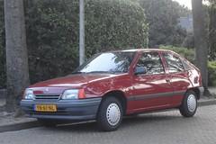 Opel Kadett E2 1.4i LS 18-6-1990 YN-61-NL (Fuego 81) Tags: opel kadett e 1990 yn61nl eersteeigenaar firstowner onk sidecode4