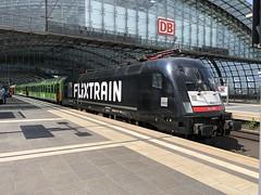 FLX 32622 mit 182 518-1 am 13.08.2019 in Berlin Hauptbahnhof (Freestyler26M) Tags: 32622 flx10 flixtrain flixbus berlin hauptbahnhof heros taurus siemens mrce 182 518