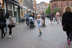 DSCF2084.jpg (amsfrank) Tags: shopping oostport dutch eastside east candid amsterdam oost