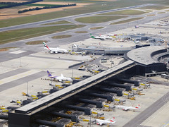 Schwechat airport (Sergey Yeliseev) Tags: schwechat швехат