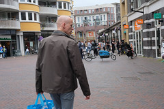 DSCF1959.jpg (amsfrank) Tags: shopping oostport dutch eastside east candid amsterdam oost