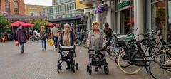 DSCF2088.jpg (amsfrank) Tags: shopping oostport dutch eastside east candid amsterdam oost
