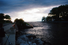 South Haven (spablab) Tags: olympusinfinity400noritsukokiezcontrollerkodakultr olympusinfinity400noritsukokiezcontrollerkodakultramaxmemphisfilmlablenstagger southhaven michigan olympus infinity af1 kodak ultramax 400 memphisfilmlab ishootfilm filmisalive filmisnotfdead analog lakemichigan
