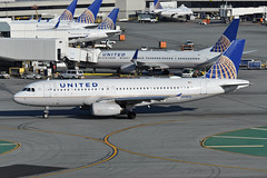 N430UA (Rich Snyder--Jetarazzi Photography) Tags: unitedairlines united ual ua airbus a320 a320200 a320232 n430ua taxi taxiing departure departing sanfranciscointernationalairport sfo ksfo millbrae california ca airplane airliner aircraft jet plane jetliner westfieldgarage