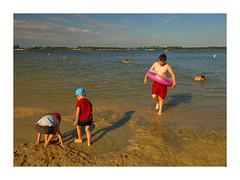 Lac du DEer 0257 -1 (jeanmichelchristian) Tags: enfants lac natation nageur bouée jeux sable vacances