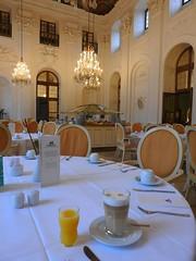 Maritim Frühstück im Apollosaal (Sophia-Fatima) Tags: maritimhotel fulda hessen deutschland frühstück apollosaal lattemacchiato orangensaft