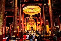 "Chomtong Celebration (ol'pete) Tags: พุทธกาลนิชน buddhist เชียงใหม่ chiangmai จอมทอง chomtong ทำบุญ tamboon makemerit ประเทศไทย เมืองไทย thailand วัด wat temple วัดพระธาตุศรีจอมทอง ""watphrathatsichomtong"" มหกรรม งานฉลอง festival ""canon7dmk2"" november พฤศจิกายน"