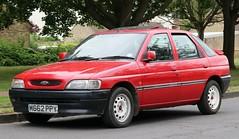 M662 PPY (3) (Nivek.Old.Gold) Tags: 1995 ford escort lx td 5door 1753cc wimbledoncity