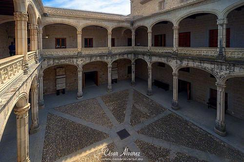 El patio del castillo