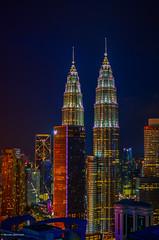 DSC_9138 (massimoquarenghi) Tags: kualalampur petronas grattacielo notturna