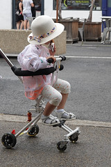Arles 2019 (mistinguette18) Tags: 2019 arles camargue rx100m6 enfant japanese japonais people provence rencontresarles sony