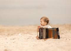 Don`t want this one ;D (agirygula) Tags: ziehharmonika instrument kid child boy baby familyshooting beach sand cry sweet cute nature natural outdoor clouds