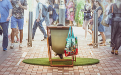 Oasis (DobingDesign) Tags: streetphotography deckchair street people calm busy island colours paving chair relaxing london citylife patch green pocketpark streetfurniture havingarest fun candid