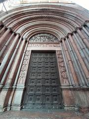 Battistero di Parma (Portale del Giudizio) (italianmasterofarts1974) Tags: battisterodiparma portaledelgiudizio parma battistero portale angeli croce