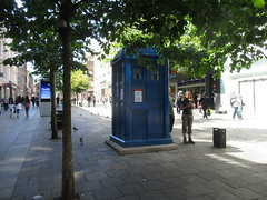 Tardis Hiding Among the Trees (cessna152towser) Tags: tardis doctorwho glasgow policebox