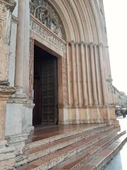 Battistero di San Giovanni (portale della Madonna) (italianmasterofarts1974) Tags: battistero parma adorazionedeimagi portale battisterodisangiovanni madonna trono col bambino