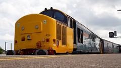 Direct Rail Services Class 37424 'Avro Vulcan XH558' (Thomas Saunders Photography) Tags: ukrailway railway class37 class 37 shortset britishrail br intercity norwich yarmouth canon 7d 1855