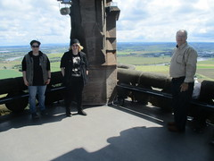 Three Watching the Camera (cessna152towser) Tags: stirling scotland wallacemonument