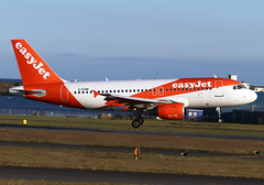 G-EZIM (Harvey's Aviation Images) Tags: gezim airbus a319 easyjet 2495 egns iom ronaldsway airport isleofman