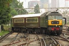 D1944 [47501] Clapham Junction (localet63) Tags: class47 d1944 47501 claphamjunction 5z47 emptystockmovement railtour locomotiveservices