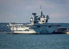 HMS Queen Elizabeth, Portsmouth Harbour, Portsmouth, Hampshire, UK (rmk2112rmk) Tags: hmsqueenelizabeth portsmouthharbour portsmouth hampshire uk royalnavy rn aircraftcarrier warship ship boat port harbour dockyard r08 hmnb naval vessel