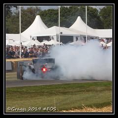 IMG_0568 (Graggs) Tags: donut mercedes petronas smoke tyre burn out fos heritage 2019 cars racing race racer goodwood hill climb festival speed festivalofspeed f1 sport