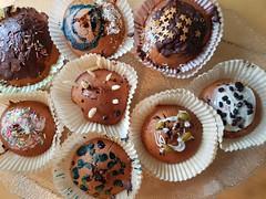 Kuchentafel (borntobewild1946) Tags: speisen nahrung food kuchen cake muffins copyrightbyberndloosborntobewild1946