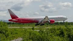 Rossiya Airlines   Boeing 777-31H(ER)   EI-GES (Zhuravlev Nikita) Tags: spotting elizovo kamchatka uhpp pkc sdm rossiya 777 b777 b77w boeing