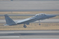 85-0130 (LAXSPOTTER97) Tags: usaf united states air force mcdonnell douglas eagle f15d oregon national guard 142nd 142ndfw 123rd 123rdfs fighter wing squadron redhawks 850130 cn d56 ln 951 aviation airport airplane kpdx