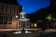 Fontaine (7red) Tags: fontaine compiegne oise france fountain longexposure poselongue nuit night bluehour heurebleue sonya7ii sonyg24105f4