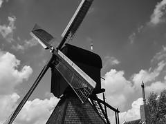 A mill in Kinderdijk (GiulioBig) Tags: mulini stile blackwhite elshout southholland netherlands
