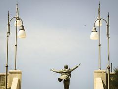 Volare II (@mmanni) Tags: volare domenicomodugno polignano polignanoamare statue hermannmejer italien italy