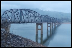 Bethanga Bridge (florahaggis) Tags: bethangabridge lakehume newsouthwales victoria bellbridge murrayriver murrayvalley bridge prattarches drought lake water winter fog canon6dmk11