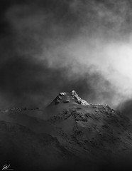 Peak (Seany99) Tags: newzealand niksilverefexpro2 mountain clouds bw