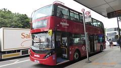 P1170009 BDE2622 LJ19 CUU at Angel Station Upper Street Islington London (LJ61 GXN (was LK60 HPJ)) Tags: metroline byd enviro400evcity enviro400city e400ev city electric 109m 10900mm bde2622 lj19cuu j4179