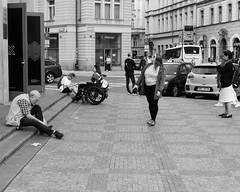 B59A4167 (angrykarl) Tags: 50mm canon canoneos ef50mmf18stm prague praha street streetphoto canoneosr canonr streetphotography bnw blackandwhite