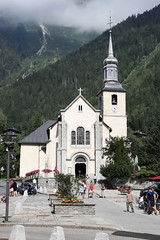Saint Michel, Chamonix (Roger Wasley) Tags: saintmichel chamonix église church french alps france holy building exterior historic romancatholic rc catholic