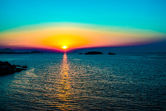 Sifnos Sunset (Out Of The Map) Tags: greece grecia sunset atardecer coucherdesoleil beach playa plage sifnos cyclades islandlife island viajar voyager travel travelphoto explore explora outofthemap