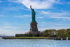 La liberté. (Bouhsina Photography) Tags: statut liberté new york jersey usa bouhsina bouhsinaphotography eau rivière hudson bateau croisière