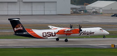 DHC-8 | N440QX | PDX | 20111006 (Wally.H) Tags: bombardier dehavillandcanada dhc8 dash8 n440qx horizonair osu oregon state university beavers pdx kpdx portland airport