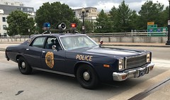 Trumbull PD, New York (10-42Adam) Tags: trumbull newyork police plymouthfury plymouth fury policecar lawenforcement classiccar vintage 911 parade policeweek
