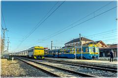 UT-440 y Tren de los 80 en Alcázar (440_502) Tags: 440 096 269 604 69604 gata montés gato japonesa aafm asociación de amigos del ferrocarril madrid aaf ffcc tren las gachas alcázar san juan alsa rail