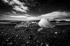 Island2018_BW0783 (schulzharri) Tags: iceland island schwarz weis black white landscape landschaft nord stein stone rock felsen eis ice